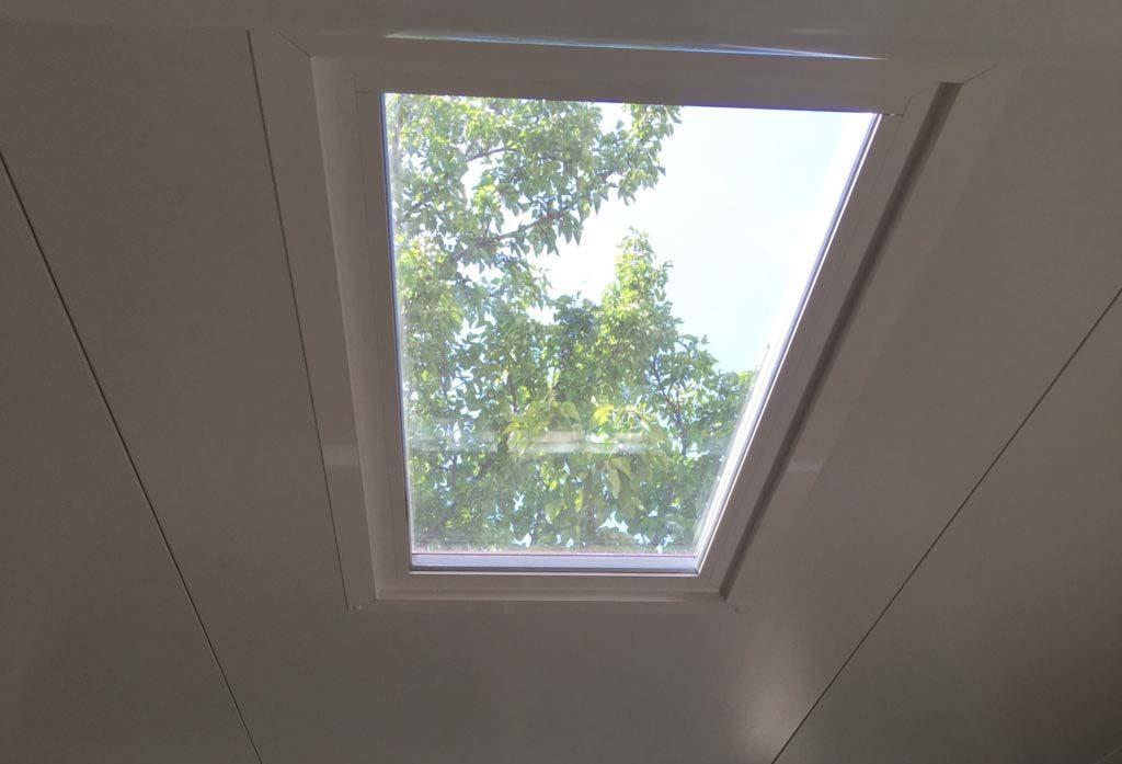 Fenêtre à châssis fixe